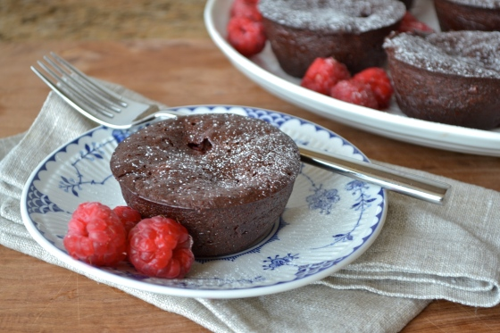 Mini Flourless Chocolate Cake with Raspberries