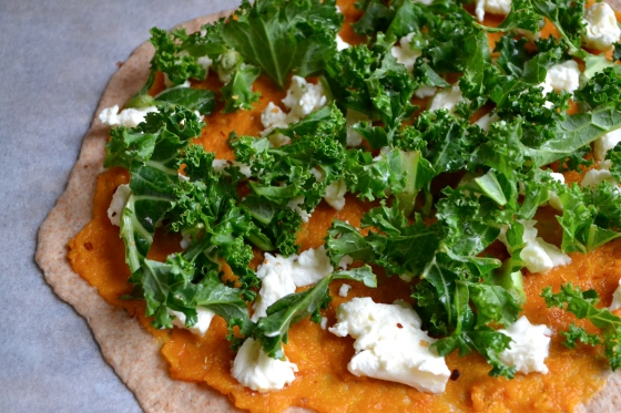 Pumpkin pizza with kale and chilli